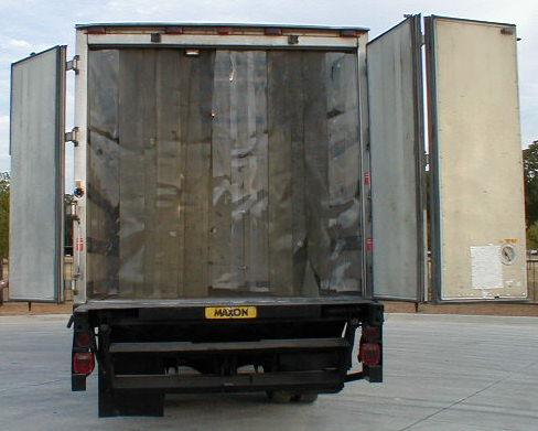 10) 1994 Isuzu FSR 18' insulated vans (P2049-58)