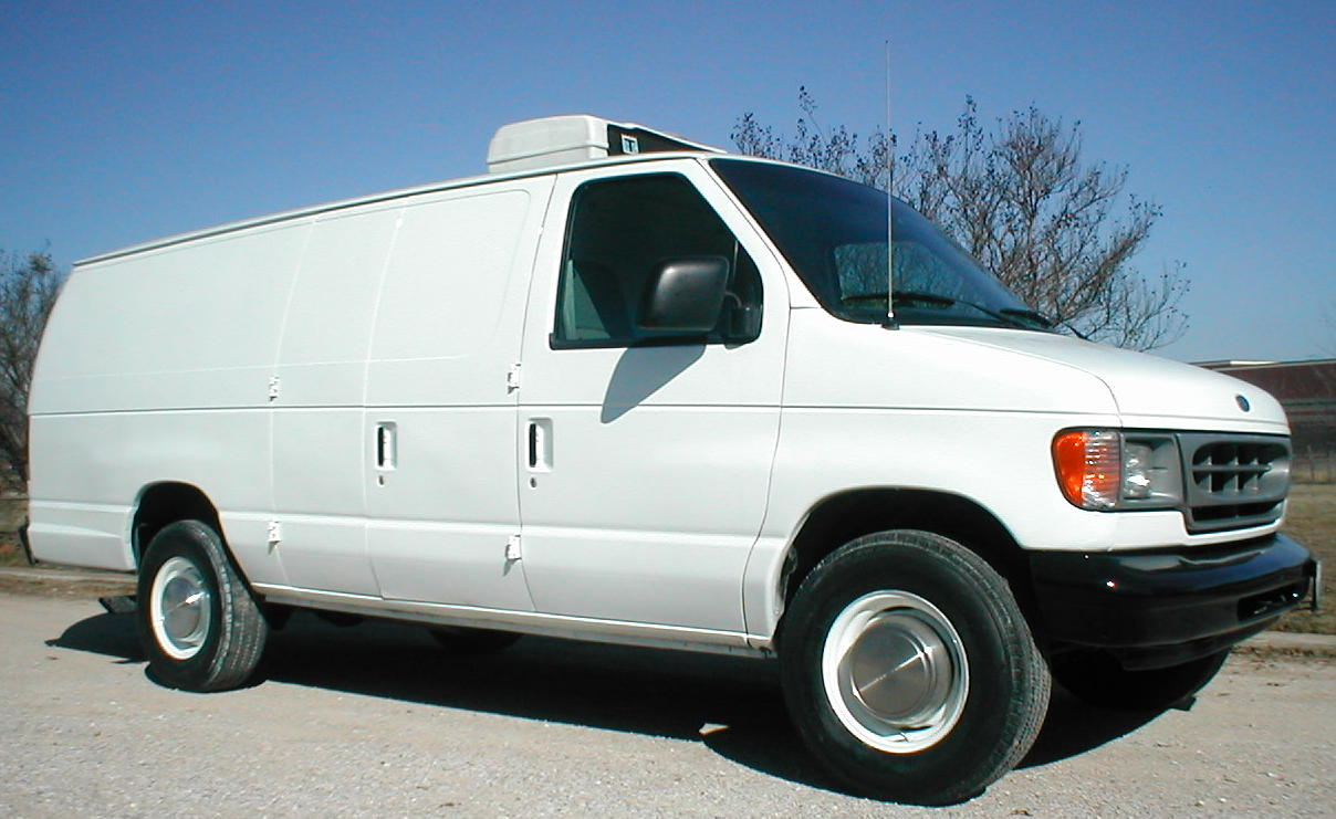1998 Ford E350 One Ton Extended Refrigerated Cargo Van P2544